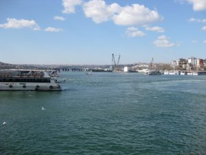 Auf der Galata Brücke